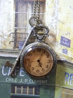Vintage Key and Victorian Steampunk Retro Style Pocket Watch