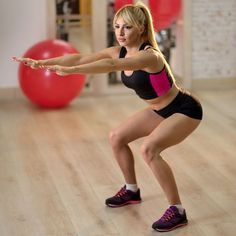 Cellulite : mon circuit training anti-capitons - V! Pilates Workout, Hiit, Gym Workouts, Cellulite Exercises, Cellulite Remedies, Fitness Del Yoga, Body Challenge, Circuit Training, Yoga Gym