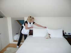 If you are renting a house, you will expect that the house is serviced and clean before you rent it. It is always important that the entire property is cleaned before the new tenant gets into it. http://vacatecleaning1.weebly.com