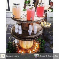 Repost from using - Loving this close up of this event by the beautiful and using my cable drums and ivy leaves as a rustic drink station by a_touch_of_class_events Outdoor Graduation Parties, Graduation Party Foods, Outdoor Birthday, Graduation Ideas, Cable Drum, Cable Reel, Cable Spool Tables, Drink Table, Wooden Spools