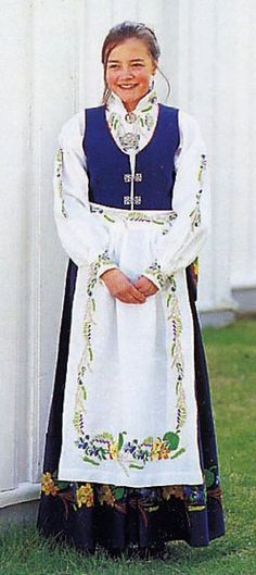 FolkCostume&Embroidery: Overview of Norwegian costume, part 4 The North