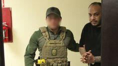 El exfugitivo fue trasladado al Cuartel General de la Policía para ser procesado. (alex.figueroa@gfrmedia.com)