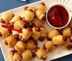 Tiny pigs in a blanket