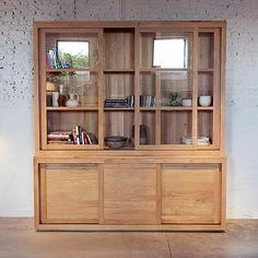 Image for Ethnicraft Oak Pure Cupboard - Vitrine Oak Dresser, Oak Sideboard, Dresser Top, Solid Wood Furniture, Dining Room Furniture, Furniture Sets, Ikea Home, Wooden Cabinets, Home And Deco