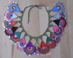 Handmade Necklace, Crochet Necklace, Bib Necklace, Meeting of Colors - Pauline Jox Home Crochet Jewelry Patterns, Crochet Accessories, Freeform Crochet, Textile Jewelry, Beaded Bags, Handmade Necklaces, Handicraft, Crochet Necklace, Jewelry Design