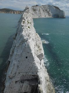 Post with 1503 views. An unusual view of The Needles, Isle of Wight, UK. Taken from the lighthouse at the end looking towards the island. Places To Travel, Places To See, Beautiful Places, Beautiful World, New Forest, English Countryside, Archipelago, Beautiful Landscapes, Great Britain