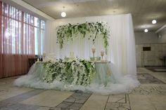 Бело-зеленая свадьба в подарок)