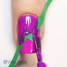 PINK GLITTER NAIL ART If you'e decided to go a little glitzzy glitzzy on your nails than you should definitely try this nail art! Nail Art Blog, Nail Art Hacks, Easy Nail Art, Nail Art Designs Videos, Nail Art Videos, Nail Designs, Pink Glitter Nails, Pink Nail Art, Glitter Outfit