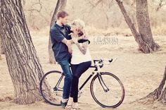 Cori & JL bosque engagement, couple pose, engagement portraits, bicycle, embrace, love, photo by Lillabella Photography