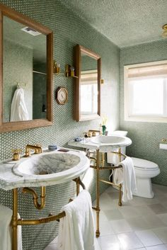 Beach Home Decor His and hers marble sinks in bathroom with penny tiled walls.Beach Home Decor His and hers marble sinks in bathroom with penny tiled walls. Bad Inspiration, Bathroom Inspiration, Bathroom Ideas, Mirror Inspiration, Bathroom Inspo, Bath Ideas, Bathroom Organization, Motivation Inspiration, Lavabo Vintage