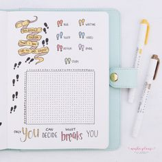 Amazing Harry Potter Bullet Journal Ideas and Inspiration! Cover pages, habit trackers, weekly logs and more. Plus free printable Harry Potter stickers! Harry Potter Candy, Harry Potter Stickers, Harry Potter Theme, Bullet Journal Tracker, Bullet Journal Themes, Bullet Journal Inspiration, Journal Ideas, Bullet Journal How To Start A, Bullet Journal Spread