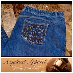"St. John Jeans Bling Bootcut 33"" inseam St. John Jeans Bling Bootcut Excellent Condition, only missing one rhinestone, not noticeable, Size 16 Approximate 33"" inseam Item Location Bin  T3 St. John Jeans Boot Cut"
