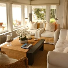 """Houzz Home Tour - """"Yacht-Inspired California Beach House"""" - natural textures, LOT of white Small Living Room Design, Small Living Rooms, My Living Room, Living Room Interior, Living Room Designs, Family Rooms, Florida Room Decor, Traditional House, Decoration"""