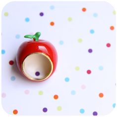 Absolutely adorable apple ring - alliteration intended :-P