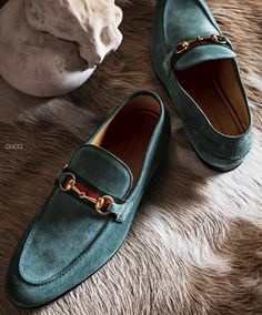 Gucci : Loafer                                                       …