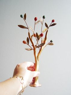 Tree Sculpture, Olive Tree, Stoneware Clay, Olives, Diy And Crafts, Candle Holders, Pottery, Candles, Branches