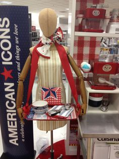 Amy G: American Icon bust form 2013