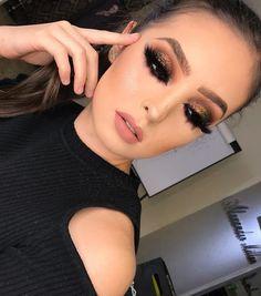 Hoe kies je je make-up voor de lente zomer 2019 - The How of Things - bilder dekoration Glam Makeup, Black Eye Makeup, Neutral Makeup, Flawless Makeup, Gorgeous Makeup, Party Makeup, Bridal Makeup, Hair Makeup, Awesome Makeup