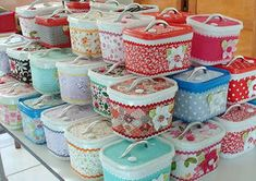 16 ways to reuse ice cream containers - Domesblissity Plastic Bottle Crafts, Plastic Pots, Plastic Bottles, Plastic Containers, Recycling Containers, Recycled Crafts, Diy And Crafts, Crafts For Kids, Ice Cream Tubs