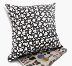 B&W Circles Pillow Cover!