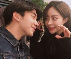Ulzzang Couple, Ulzzang Girl, Cute Couples Goals, Couple Goals, Cute Relationships, Relationship Goals, Couple Look, Korean Couple Photoshoot, Couple Aesthetic