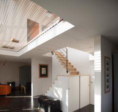 Contemporain Entrée by POLY RYTHMIC ARCHITECTURE