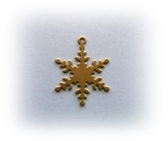 10 Vintage Style SNOWFLAKE Brass Charms and FIndings (BD)