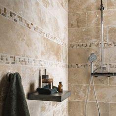 Idée décoration Salle de bain – Pierre naturelle sol et mur ivoire ...