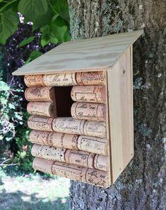 Outdoor Projects, Outdoor Decor, Garden Deco, Cork Crafts, Kit Homes, Growing Flowers, Bird Houses, Garden Inspiration, Diy For Kids