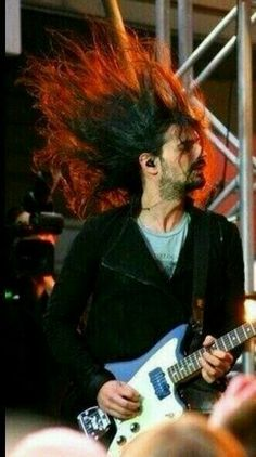 Tomo and his wild hair Thirty Seconds, 30 Seconds, Mars Family, Brother From Another Mother, Life On Mars, Shannon Leto, Wild Hair, Jared Leto, Man Humor