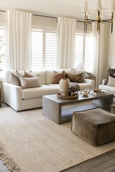 Home Living Room, Apartment Living, Living Room Decor, Living Room Designs, Living Room Inspiration, Home Decor Inspiration, Casa Pop, House Rooms, Home Interior Design