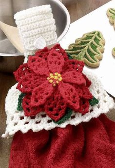 Watch The Video Splendid Crochet a Puff Flower Ideas. Wonderful Crochet a Puff Flower Ideas. Christmas Towels, Crochet Christmas Ornaments, Christmas Crochet Patterns, Holiday Crochet, Christmas Knitting, Christmas Poinsettia, Merry Christmas, Christmas Crafts, Crochet Puff Flower