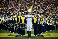 Presenting the 250 member Meeee-chigan Marching Band! take the field! University Of Michigan Athletics, Colleges In Michigan, Michigan Wolverines Football, U Of M Football, College Football Teams, Sports Teams, Michigan Go Blue, Go Big Blue, Ann Arbor