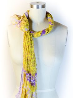 How to Tie a Scarf: Hollywood Hills