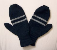 House Mittens, using Magic Loop method.