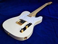 white telecaster with gold hardware - want one of these