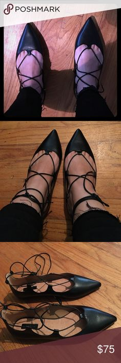 New TopShop lace up flats! Very cute black flats that lace around the ankle with gold accent on end of laces. Trendy this season! True to size- 38 euro, 7.5 us. Topshop Shoes Flats & Loafers