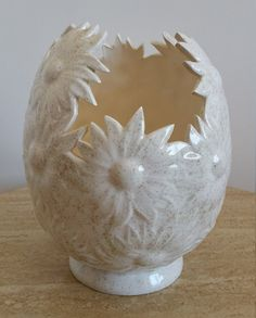 Vintage Retro Ceramic Daisy Vase Cream Off White Lightly