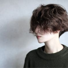 Short Curly Hair, Short Hair Cuts, Curly Hair Styles, Tomboy Hairstyles, Pretty Hairstyles, Hair Inspo, Hair Inspiration, Pelo Emo, Shot Hair Styles