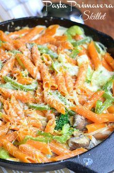Pasta Primavera Skillet   from willcookforsmiles.com #pasta #skillet #vegetarian