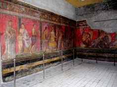 Visiting Pompeii in Southern Italy, the archaeological site preserved like a snapshot of Roman life frozen in time when Mount Vesuvius erupted in 79 AD. Ancient Rome, Ancient History, Ancient Greece, Art Et Architecture, Pompeii And Herculaneum, Pompeii Ruins, Empire Romain, Roman City, Roman Era