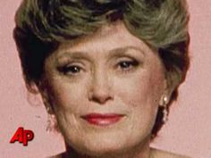 'Golden Girls' Rue McClanahan Dies of a Stroke - YouTube
