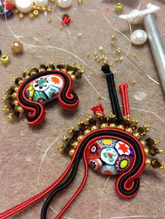 Venetian Tango     Venetian Tango - Focal   Whilst wondering around Etsy.com in search of Soutache excellence to pin to my Board  'Sout...