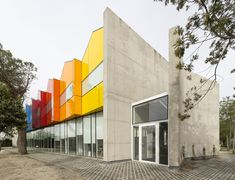Gallery of The Role of Color in Architecture: Visual Effects and Psychological Stimuli - 8