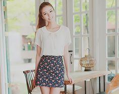 kim seuk hye - white peter pan collar top with floral pencil skirt #ulzzang #kfashion #korean #fashion