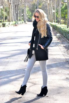 Dear Diary – A fashion blog by Marta  #gray #black #coat #blackboots