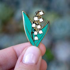 Pin Man, Collar Chain, Shirt Pins, Birth Flower, Cool Pins, Pints, Pin And Patches, Lily Of The Valley, Cute Jewelry