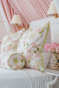 Green Girls Rooms, Pink And Green Nursery, Pink Room, Little Girl Rooms, Pretty Bedroom, Bedroom Green, Home Bedroom, Girls Bedroom, Bedroom Decor