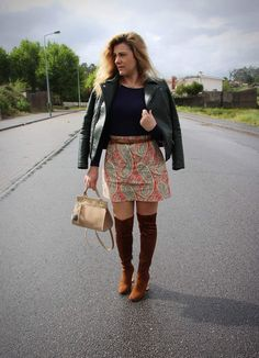 Coco and Jeans: Outfit: Leather and High Knee Boots