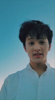 When you suddenly opened your front cam but your mark Mark Lee, Lucas Nct, Kim Myungjun, Nct 127 Mark, Lee Min Hyung, K Wallpaper, Nct Taeyong, Wow Art, Jung Woo